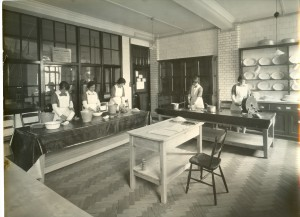 Housewifery Kitchen 1927