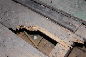 blog_3_rotten floorboards